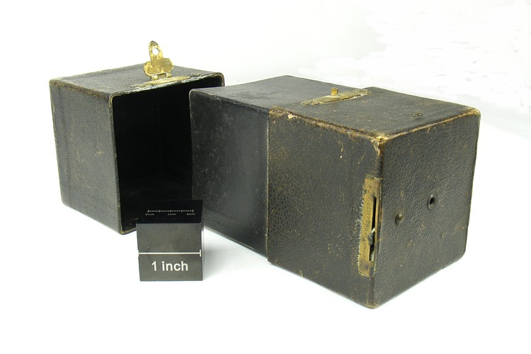 Image of Clifford box plate camera (open)