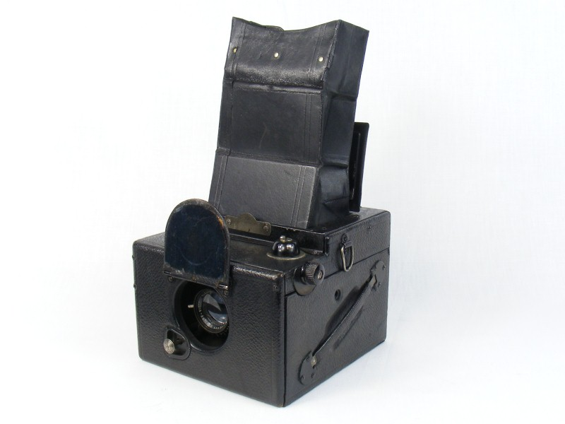 Thumbnail of Ensign Focal Plane Rollfilm Reflex camera by Houghton Butcher