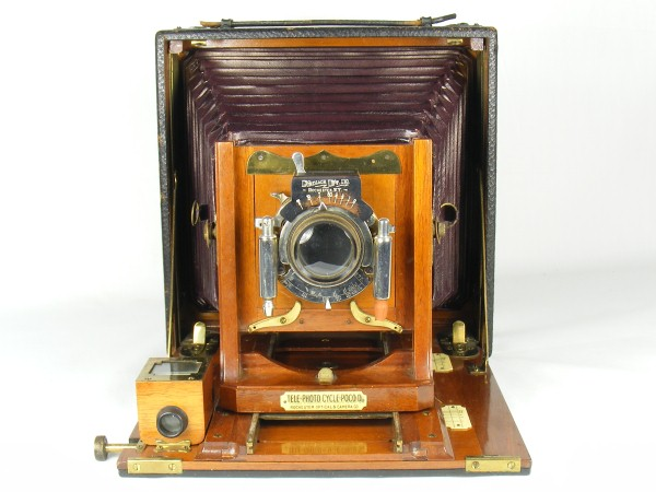 Image of the Tele-Photo Poco D camera made by the Rochester Camera Company