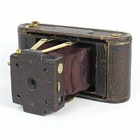 Thumbnail of Folding Pocket Kodak