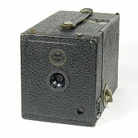 Thumbnail of Maxim No 1 box camera
