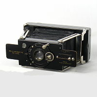 Thumbnail of No2 S Ensignette DeLuxe Camera