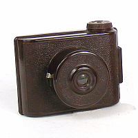 Image of V. P. Twin camera (brown)